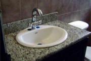 granitec-a-y-m-sobre-lavamanos