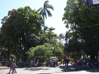 parque-central-de-la-ciudad-de-alajuela