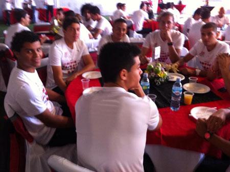 desayuno-liga-lda-2015-misa-96-aniversario