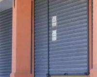 salas-portones-cortinas-2